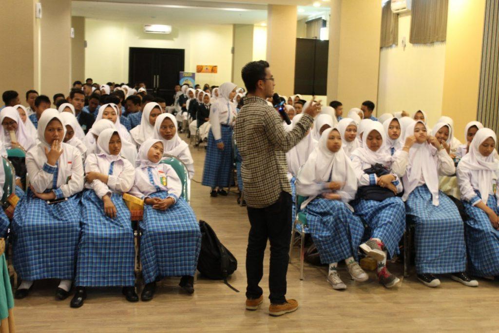 Ciptakan Juragan Muda, SMK Muda Kirim Puluhan Siswa Seminar Usaha 2