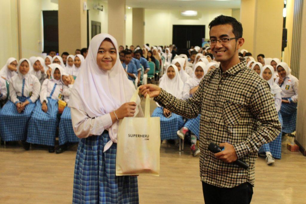 Ciptakan Juragan Muda, SMK Muda Kirim Puluhan Siswa Seminar Usaha 1