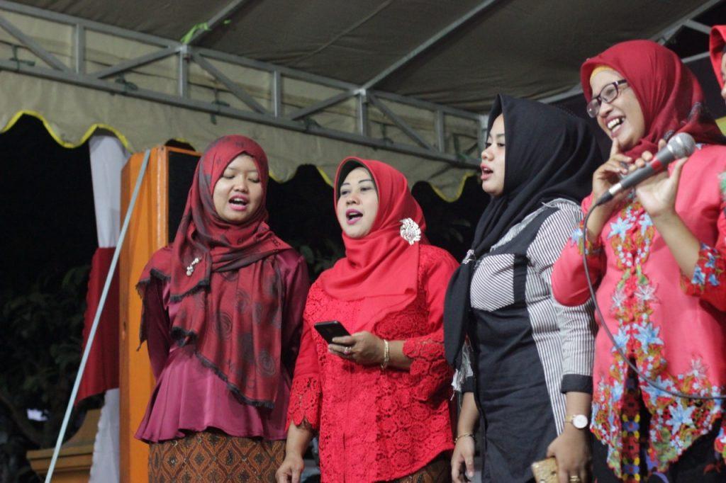 Isak Haru Warnai Closing Ceremony KKN 145 UMM 2