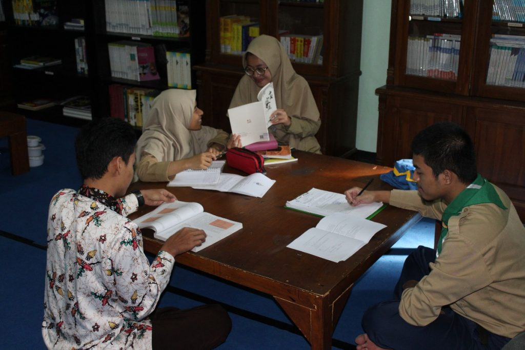 Dukung Prestasi Siswa MA Muhammadiyah 1 Tlogomas, Kuatkan Peran Perpustakaan Madrasah 2