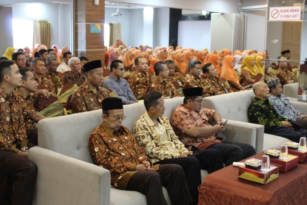 Ngurus Muhammadiyah Harus Total, Jangan Setengah-Setengah 2