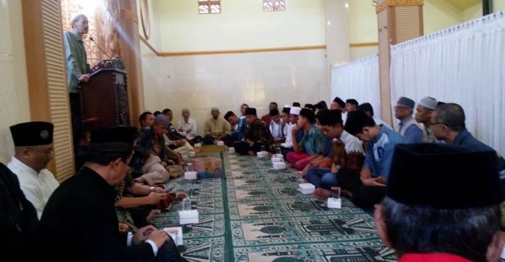 Majelis Ilmu Ahad Pagi PCM Klojen, Motivasi Jama'ah Bersedekah Secara Istiqamah Bisa Menentramkan Hati 1