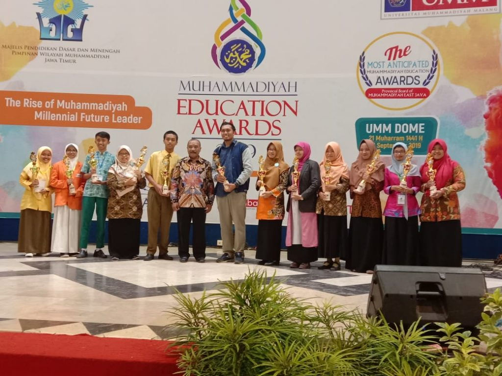 SD Muhammadiyah 8 Kota Malang, Dapat Penghargaan Excellent School-Juara 1 Guru Inovasi Pada MEA 2019 1