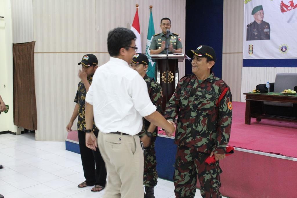 Silaturahim Bersama Angkatan Muda Muhammadiyah, Danrem Zainuddin Bagi-Bagi Hadiah 1