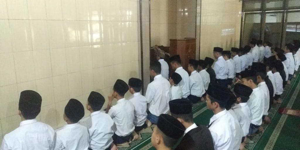 Santri Amalkan Sunnah Dhuha-Tilawah, Ponpes Munawarah Fokus Ajarkan Ilmu dan Amal Ibadah 2