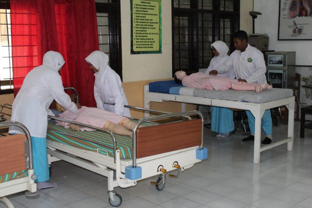 Sering Aksi Sosial Jurusan Keperawatan SMK Muhammadiyah 1 Kota Malang, Siapkan Siswa Lulus Kompetensi Kerja 1