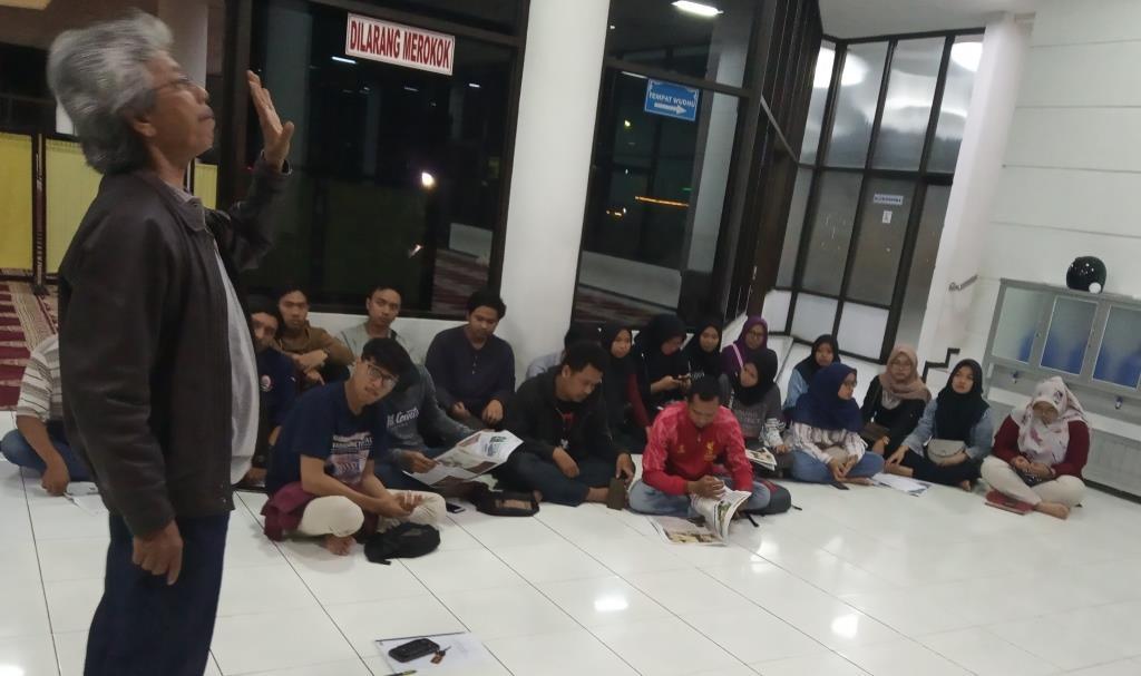 Pembekalan KKN UMM Probolinggo, DPL Amir Syarifudin Beri Kesempatan Tabloid MataHati Sosialisasi Media Partner 1