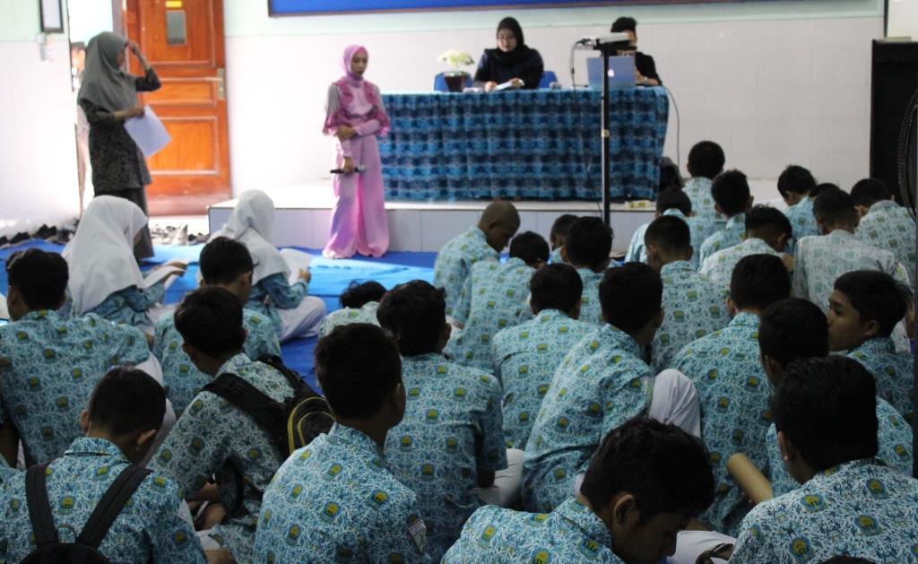 English Program Mamumtaza Gandeng Universitas Brawijaya Gembleng Kompetensi Siswa Speaking-Listening 2