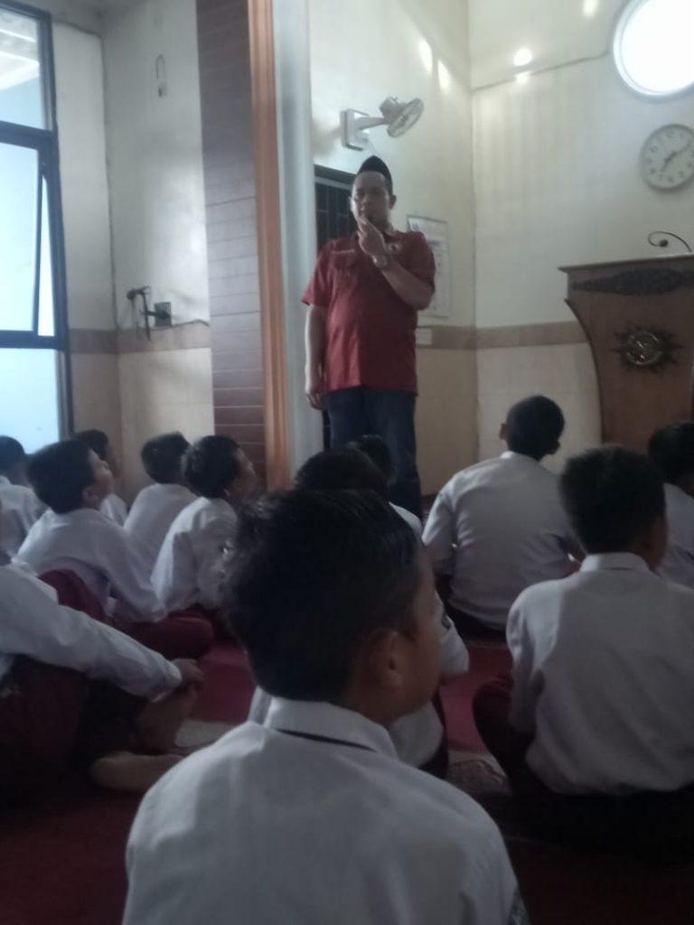 Gandeng Polres Pasuruan, SD Muhammadiyah 6 Bedali Lawang Penyuluhan Bahaya Narkoba 1