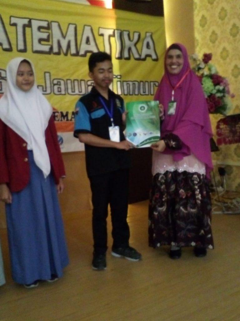 Jud Akmal Muktar Siswa SMK Muda Juara Olimpiade Matematika Jatim 1