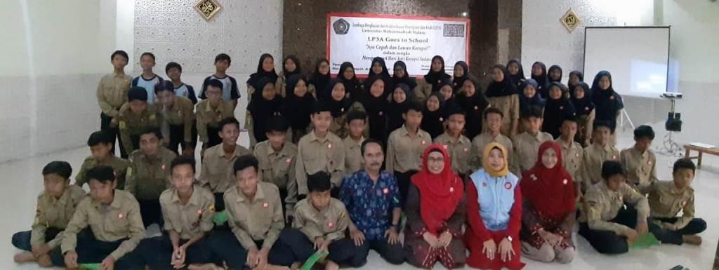 LP3A UMM Goes To School Aksi Anti Korupsi Siswa SMP Muhammadiyah 1 Kota Malang 1