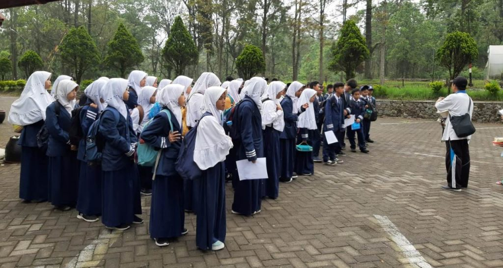 Matsamutu Ajak Siswa Studi Ekologi, Tadabur Alam Misi Selamatkan Lingkungan 2