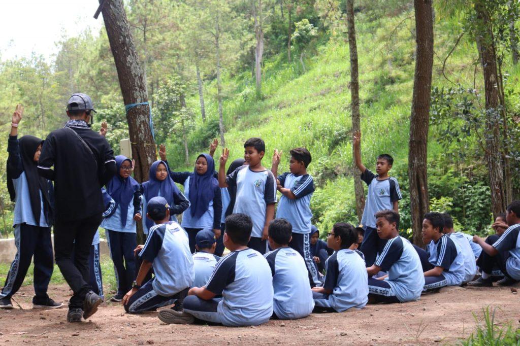 Outing Class SMP Muhammadiyah 1, Bentuk Karakter Siswa Mandiri Serta Mempunyai Daya Saing Unggul Meraih Prestasi 3