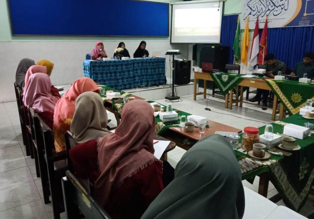 Sambut Kebijakan Baru, Dewan Guru Mamumtaza Gelar Workshop Pendidikan Merdeka Belajar 1