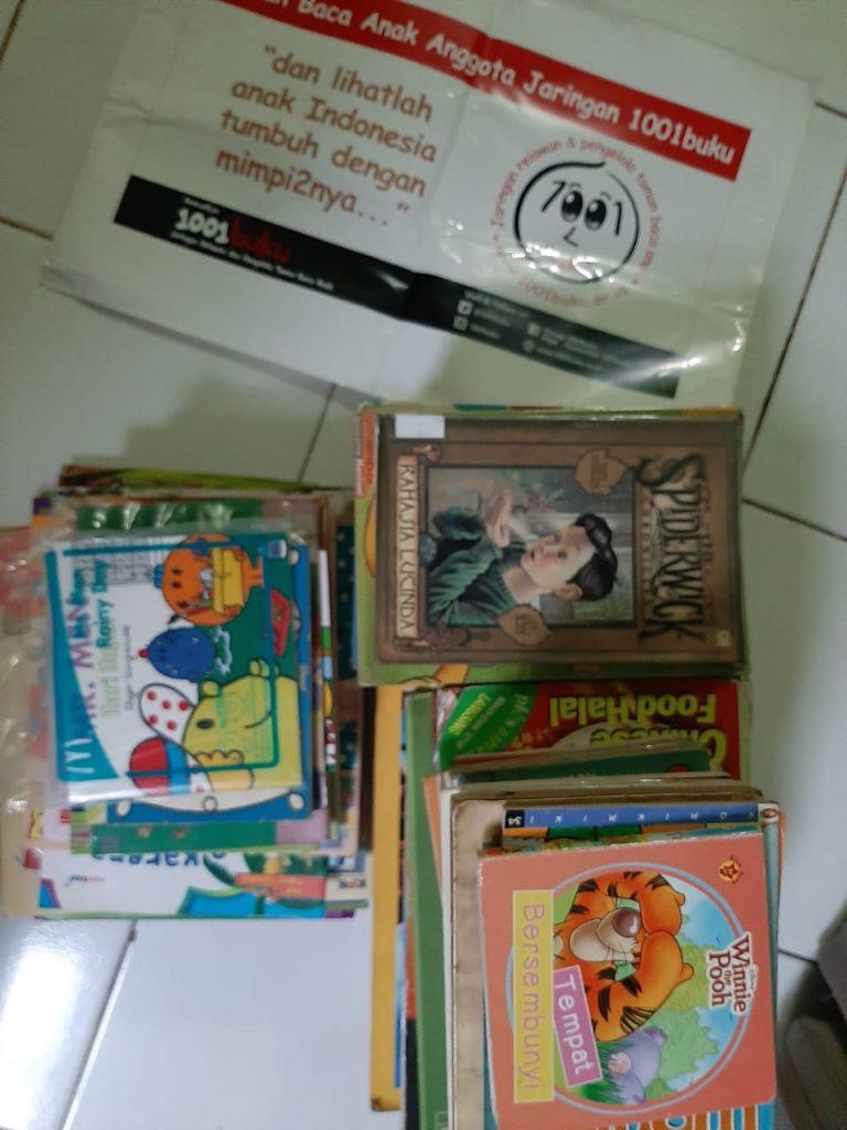 Teras Literasi Karya Poster Lingkungan Hidup, Sekaligus Dapat Kiriman Paket Buku 2