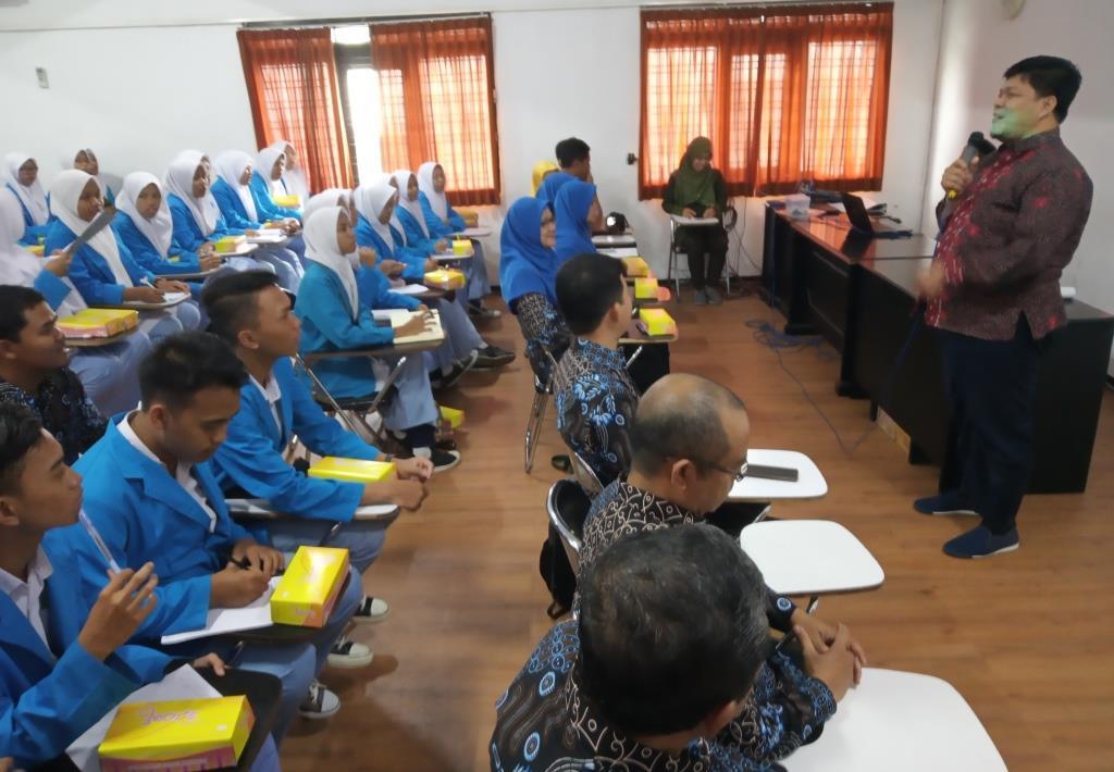 Akui Prestasinya, SMK Farmasi Muhammadiyah Cirebon Rekomendasi Siswanya Kuliah Fikes UMM 1