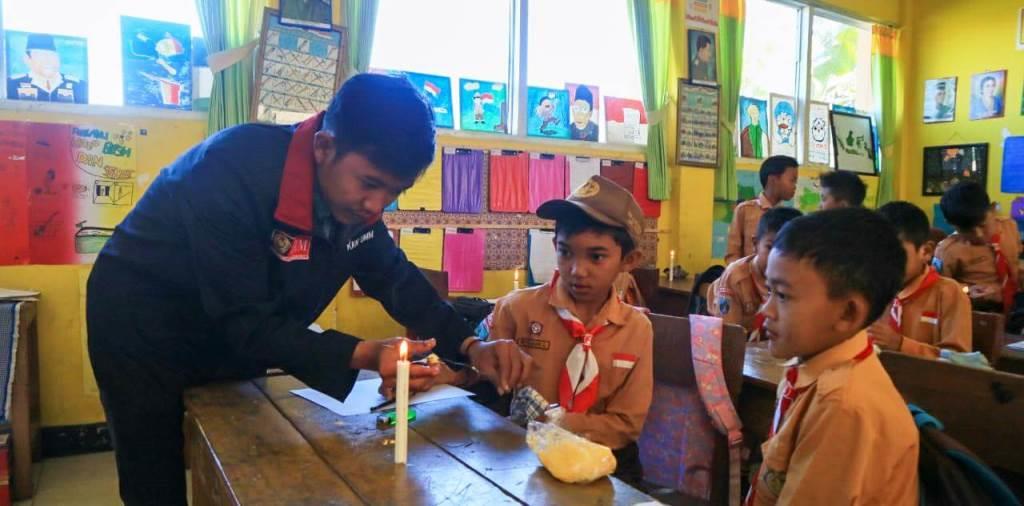 Sang Pengabdi Mulai Mengajar di SD Negeri 4 Pandesari 1