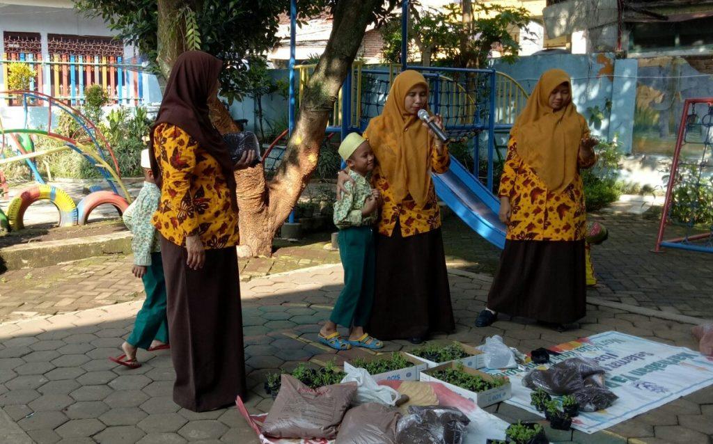 Konsep Sain Siswanya, ABA 24 Kota Malang Menjadi Sekolah Tematik Hidropnik 2