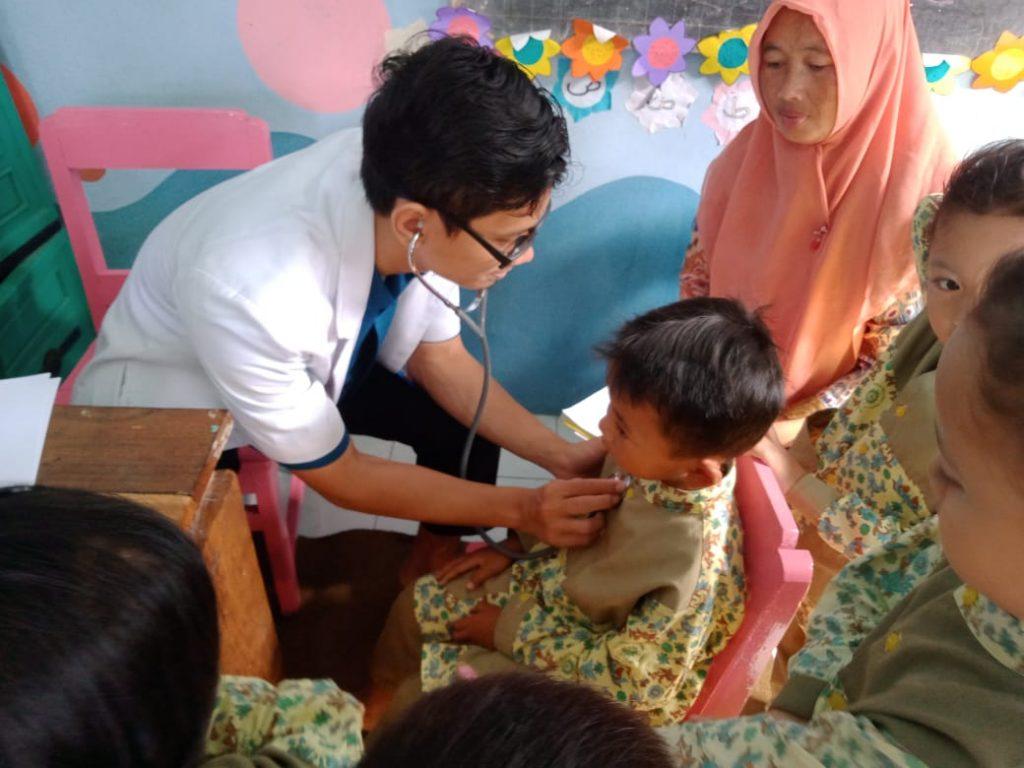 Majelis Dikdasmen PCA Dau-RS UMM Laksanakan Program Kesehatan Siswa KB-TK ABA 1