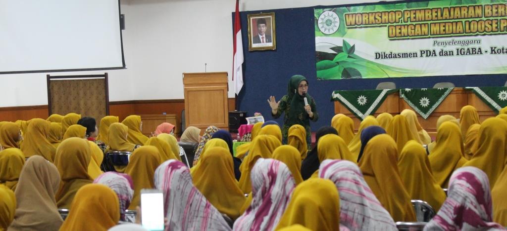 Ratusan Guru TK ABA Kota Malang, Ikuti Workshop STEAM Loose Part Dampingi Siswa Berfikir Kreatif-Solutif 2