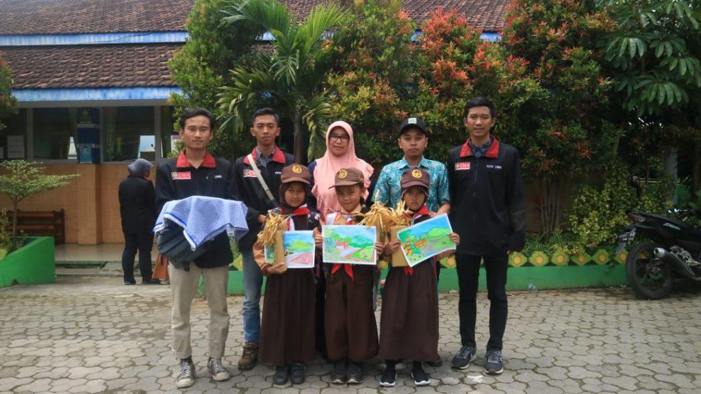 Tutup Proker Pendidikan, KKN 25 UMM Serangkaian Lomba Edukasi Siswa SDN 04 Pandesari 1