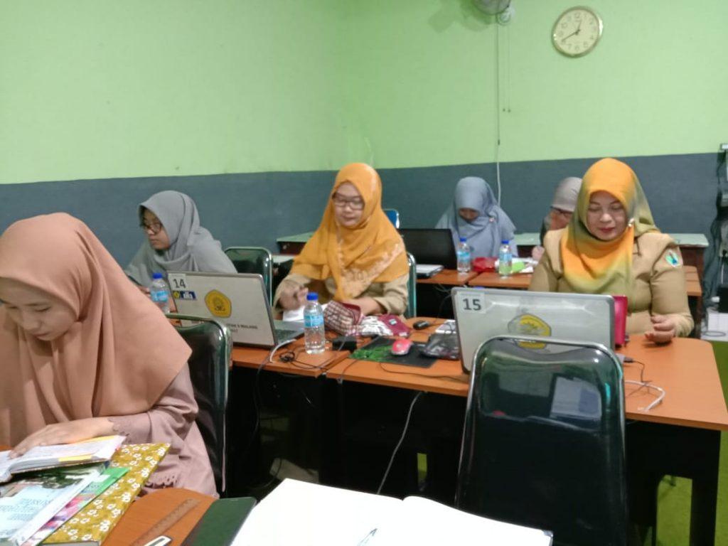Merdeka Belajar Program Kompetensi  Guru SMP Aisyiyah Muhammadiyah 3 Kota Malang 2
