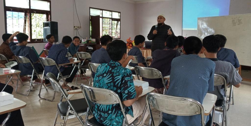 Dari Panti Asuhan Muhammadiyah Bareng, MataHati Ciptakan Wartawan Santri 1