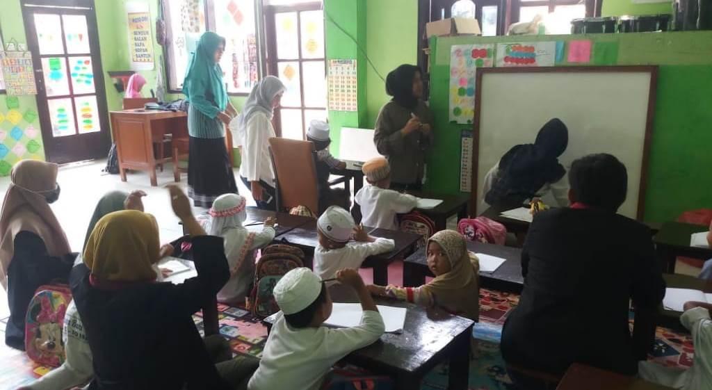 Sebelum Libur Karantina Corona, KKN UMM Ngijo Bekali Siswa SDN 01-TK Setempat Pendidikan Agama Islam 1