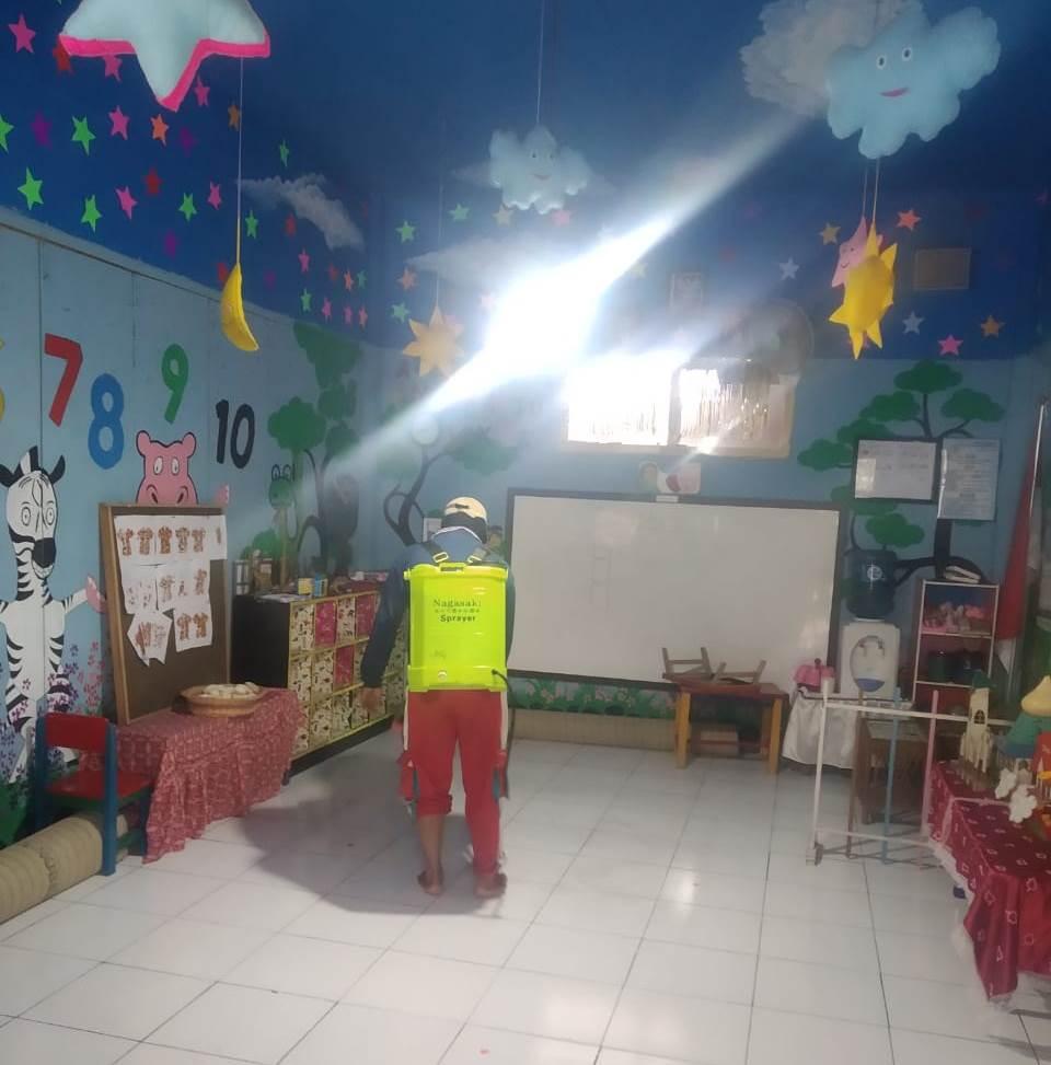 Usai Kecamatan Batu, Tim Foging Tiga Ortom Fokus Desinfektan AUM Wilayah Bumiaji 1