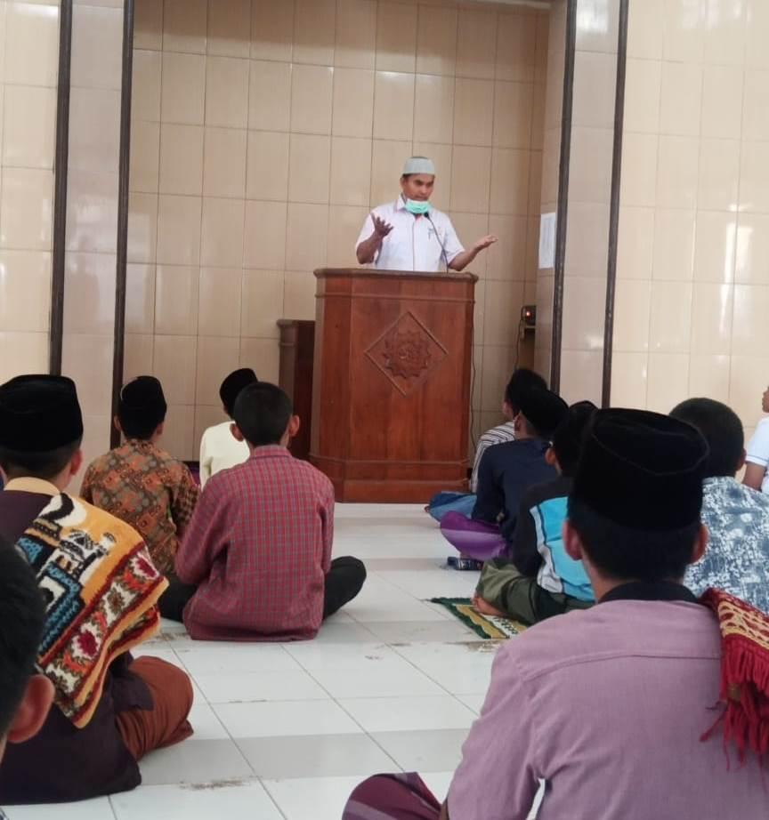Sosialisasi Corona Santri Ponpes Munawarah, Lazismu Kota Malang-MDMC Bagi Masker dan Hand Sanitizer 1