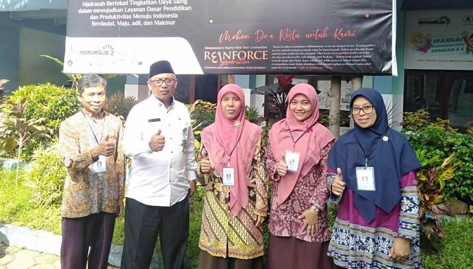 Tiga Pejabat Kemenag Supervisi Mamumtaza, Apresiasi Melejitnya Prestasi Guru-Siswanya 1