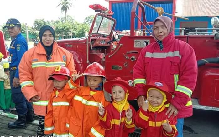 Kunjungi Kantor PMK, Siswa ABA 24 Kota Malang Raih Delapan Manfaat Edukasi Profesi 1