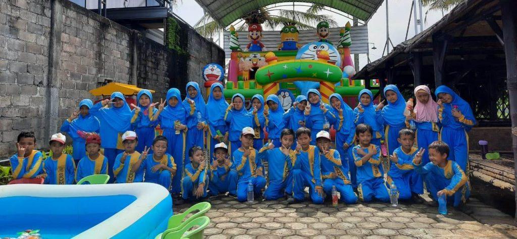 Menikmati Rihlah SD Muhammadiyah 10 Pagak, Meski Wahana Sederhana Siswanya Bahagia 1