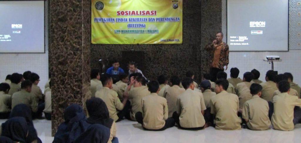 SMP Muhasa Kota Malang, Ajak Polisi Penyuluhan Sadar Hukum Praktek Perundungan-Kekerasan 1