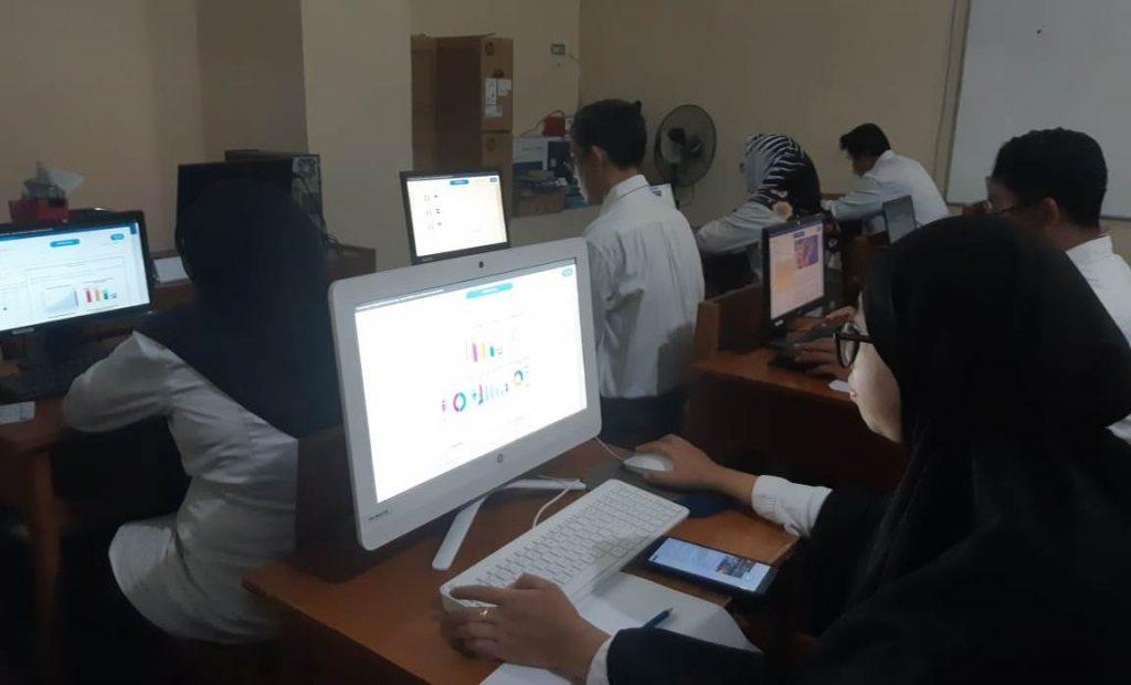 Inovasi Belajar Online Siswa Inklusi, SMPM 2 Kota Malang Turunkan Lima GPK 1