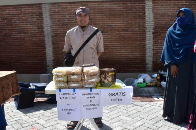 Dinar-Dirham Mulai Gantikan Rupiah di Pasar Muamalah Al 'And 1