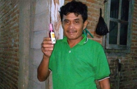 PCPM Kalipare Bagi Sembako-Handsanitizer Pada Guru dan Sopir 2