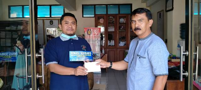 Guru-Karyawan SMK Muda Bantu Sembako Dhuafa- Terdampak Corona 2