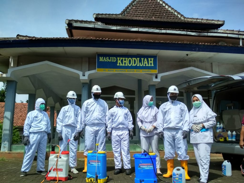 Program Semprot Desinfektan- Cek Kesehatan, SMK Muhamamdiyah 1 Kota Malang Menuai Pujian 3