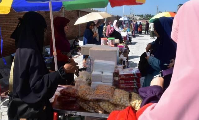 Dinar-Dirham Mulai Gantikan Rupiah di Pasar Muamalah Al 'And 3