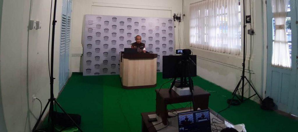 Meski Tidak Ada Tarawih Masjid At Takwa Batu Live Streaming Chanel Youtube-Facebook 1