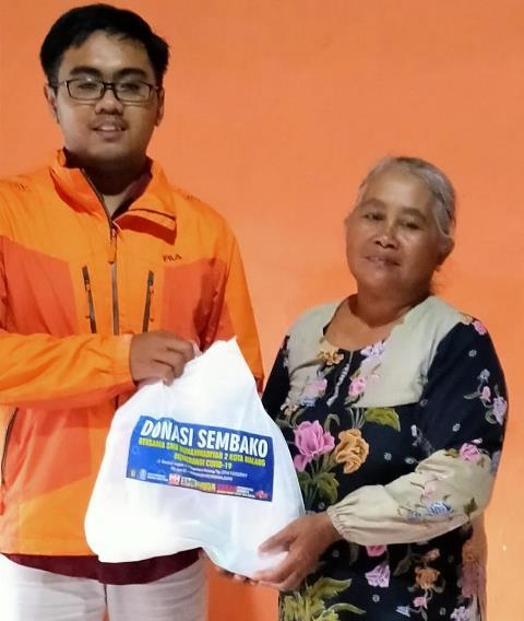 Semakin Masif Membantu Umat, SMK Muda Kota Malang Bagi Sembako Tahap Empat 1