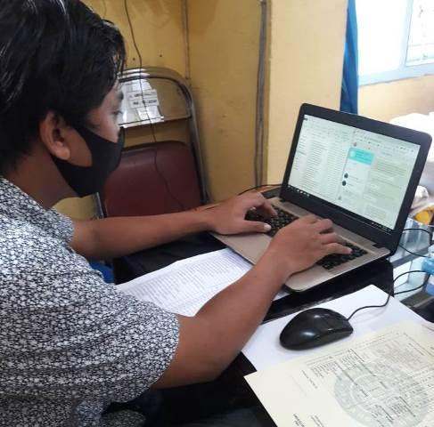 Guru SMP Muhasa Laporkan Hasil Ujian, Komitmen Wujudkan Siswa Prestasi di Tengah Pandemi 2
