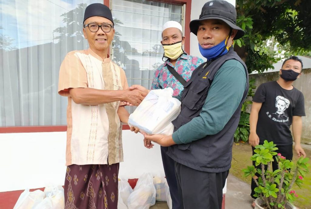 Kali Ketiga MDMC Lombok Timur Salurkan Ribuan Paket Sembako 2