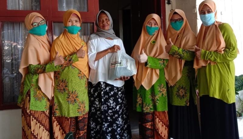 Semangat Milad Aisyiyah PCA Klojen Gelontor 548 Paket Sembako Plus Uang Tunai 1