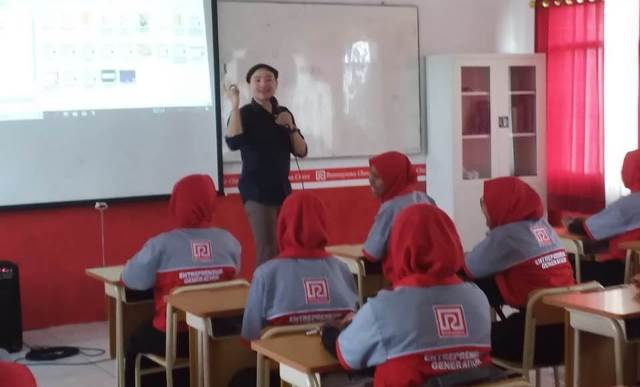CoE SMK Muda Bring Real Industry To School 2