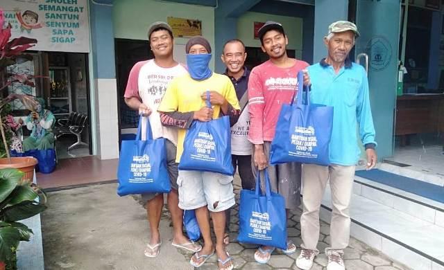 Sopir Angkot, Asongan, Kuli Bangunan Bersyukur Menerima Sembako Mamumtaza 1