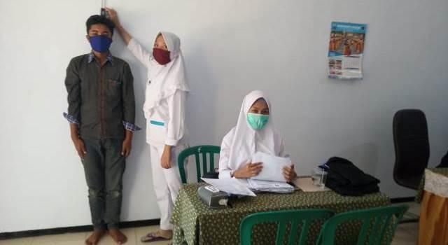 SMK Muhisa Turunkan Asisten Perawat Cek Kesehatan Calon Siswa Baru 1