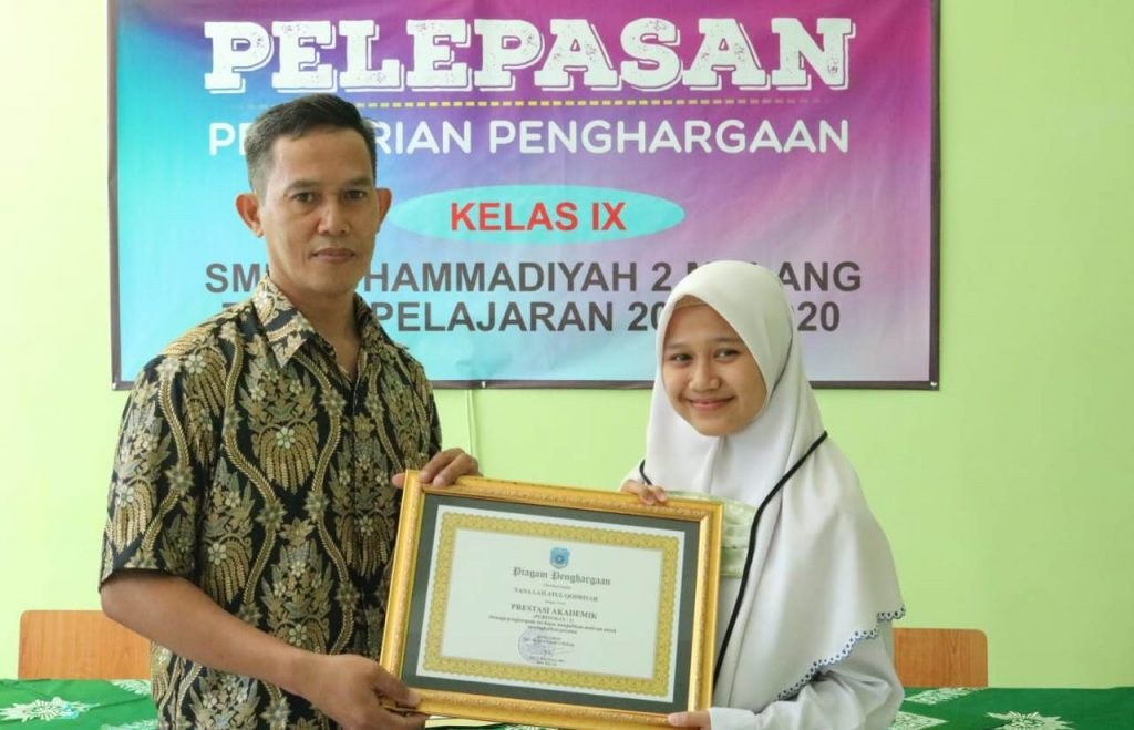 Sederhana Penuh Makna, 5 Siswa Prestasi SMP Muda Raih Penghargaan 1