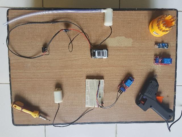 Dari Bahan Sederhana, PMM 8 UMM Inovasi Alat Cuci Tangan Otomatis 1